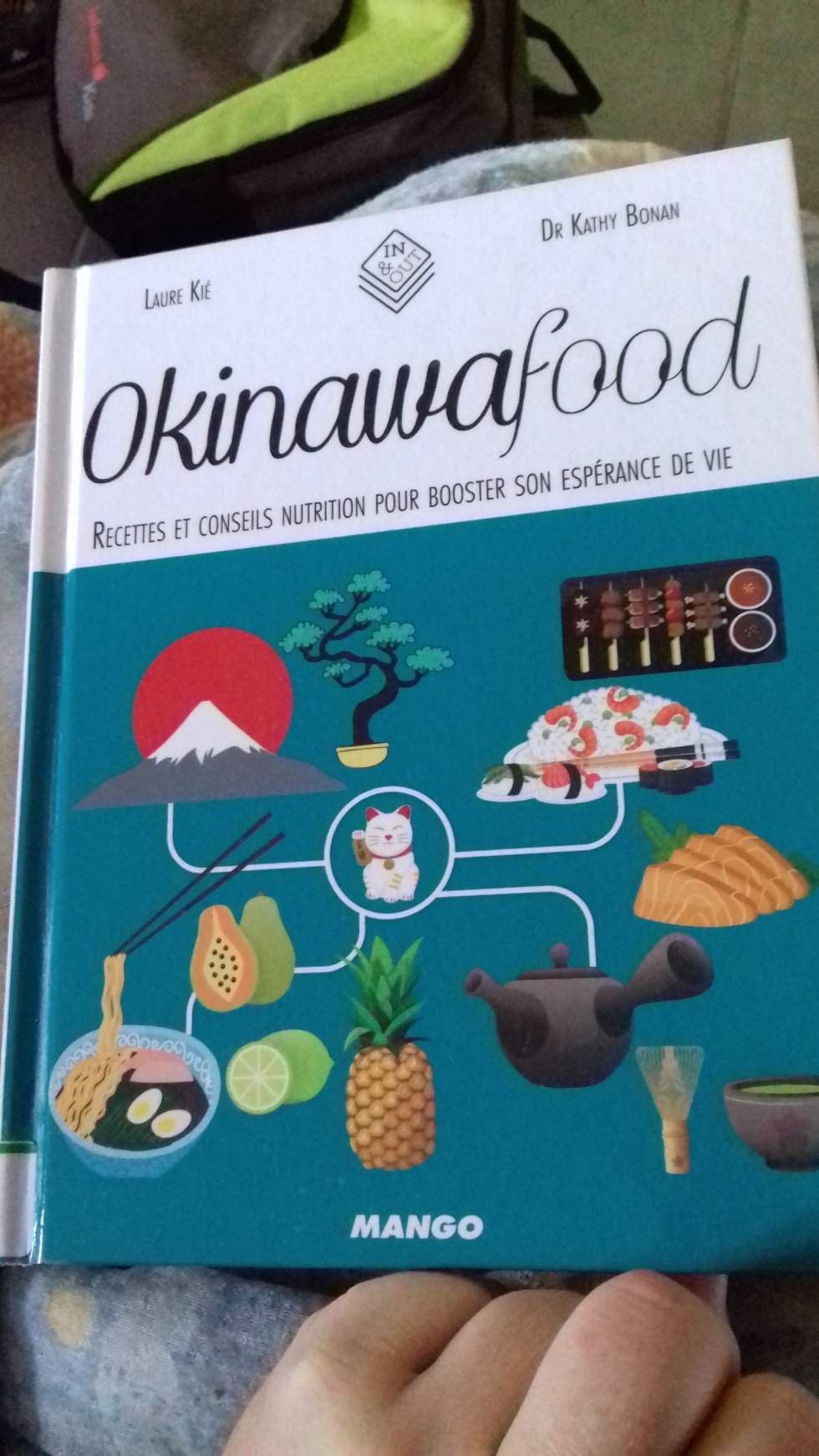okinawafood couverture.jpg