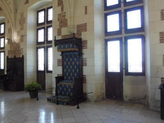 trône château royal d'amboise